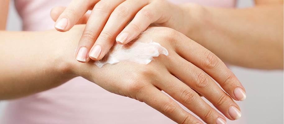 Handpflege-IBIOTICS-med-Handcreme